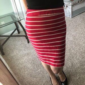 Striped linen pencil skirt!